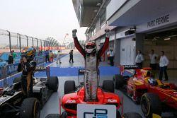 Race winnaar Max Chilton