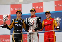 Podium: winnaar Max Chilton, 2de Esteban Gutierrez, 3de Fabio Leimer