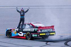 Race winnaar Austin Dillon