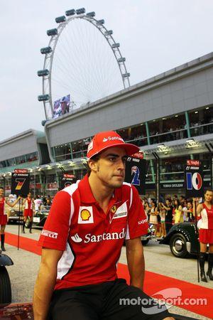 Fernando Alonso, Ferrari en el desfile de pilotos