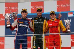 Podium: winnaar Giedo van der Garde, 2de Marcus Ericsson, 3de Fabio Leimer