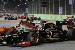 Kimi Raikkonen, Lotus F1 y Nico Hulkenberg, Sahara Force India F1