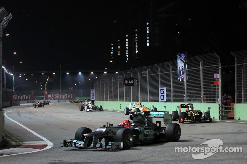 2012 - 39e tour : L'accrochage entre Jean-Éric Vergne et Michael Schumacher