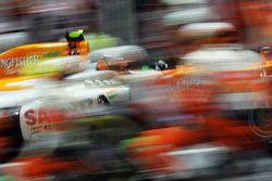 Nico Hulkenberg, Sahara Force India F1 makes a pit stop