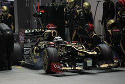Kimi Raikkonen, Lotus F1 pit stop