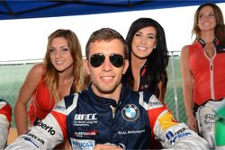 Signeersessie, Alberto Cerqui, BMW 320 TC, ROAL Motorsport