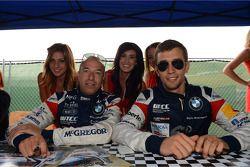Signeersessie, Tom Coronel, BMW 320 TC, ROAL Motorsport en Alberto Cerqui, BMW 320 TC, ROAL Motorspo