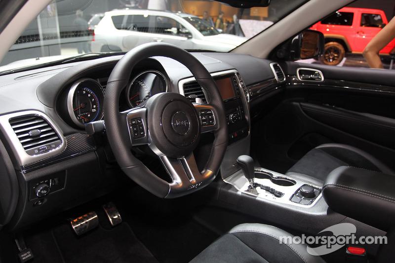 jeep grand cherokee srt limited ed  at paris mondial de l u0026 39 automobile high