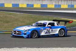 #26 Graff Racing Mercedes SLS AMG: Jacques Laffite; Renaud Derlot in trouble