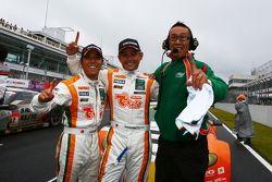 GT300 kampioenen Hiroki Yoshimoto, Kazuki Hoshino