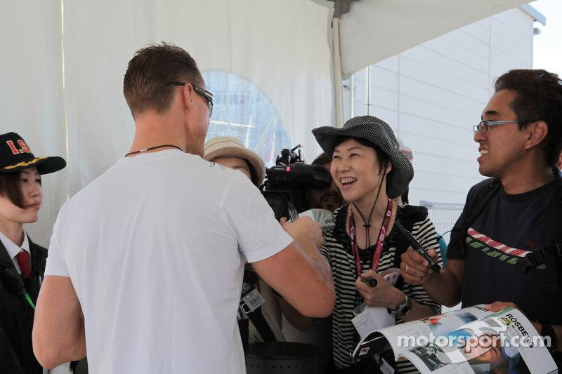 Michael Schumacher, Mercedes AMG Petronas with fans