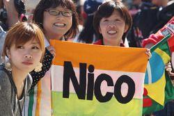 Nico Hulkenberg, Sahara Force India F1 taraftarları, pit lane walkabout