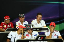 FIA basın toplantısı, Ferrari; Kamui Kobayashi, Sauber; Paul di Resta, Sahara Force India F1; Lewis