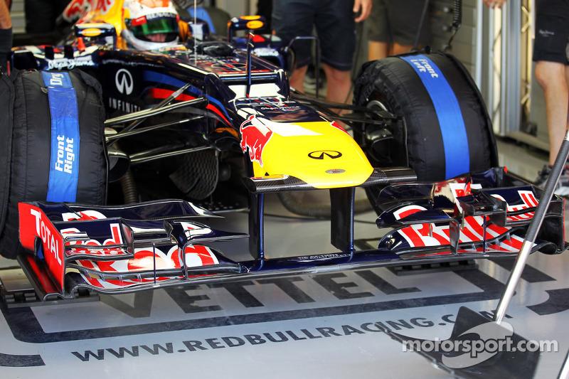 Sebastian Vettel, Red Bull Racing RB8 voorvleugel