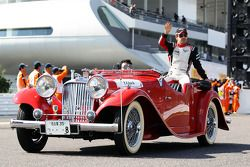 Timo Glock, Marussia F1 Team pilotlar geçit töreninde
