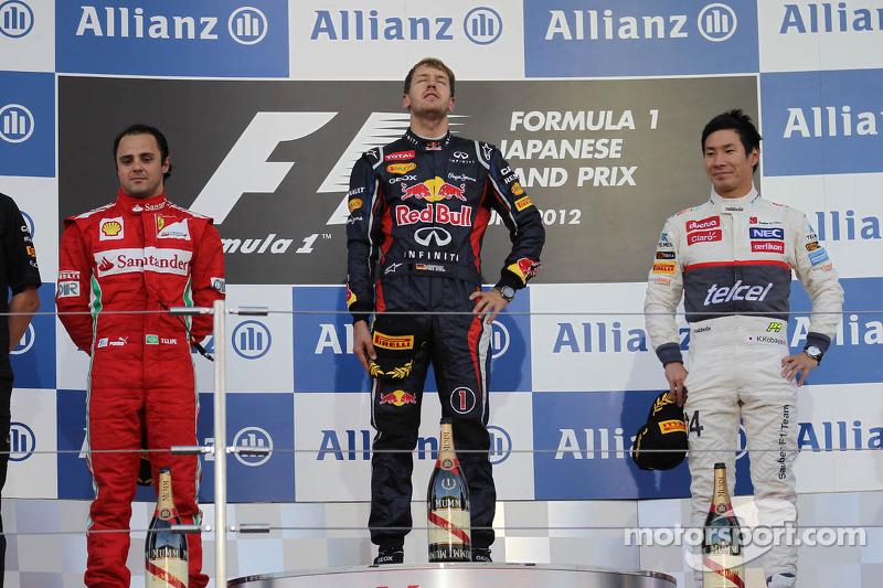 Podium: Sieger Sebastian Vettel, Red Bull Racing; 2. Felipe Massa, Scuderia Ferrari; 3. Kamui Kobayashi, Sauber F1 Team