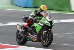 Tom Sykes pakt derde plaats