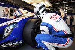 Toyota Racing crew