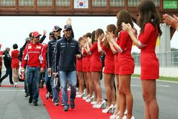 Pastor Maldonado, Williams and Felipe Massa, Ferrari on the drivers parade
