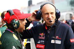 Tony Fernandes, Caterham Takım Patronu ve Franz Tost, Scuderia Toro Rosso Takım Patronu gridde
