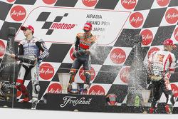 Podio: ganador de la carrera Dani Pedrosa, Repsol Honda Team, segundo lugar Jorge Lorenzo, del Yamah