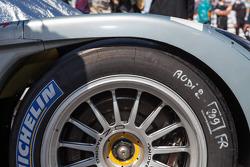 Brakes and tire on #2 Audi R18 e-tron quattro