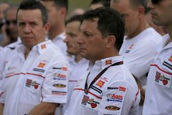 Homenaje a Marco Simoncelli liderar por Fausto Gresini de San Carlo Honda Gresini