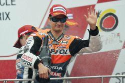 Podio: gganador de la carrera Dani Pedrosa, Repsol Honda Team