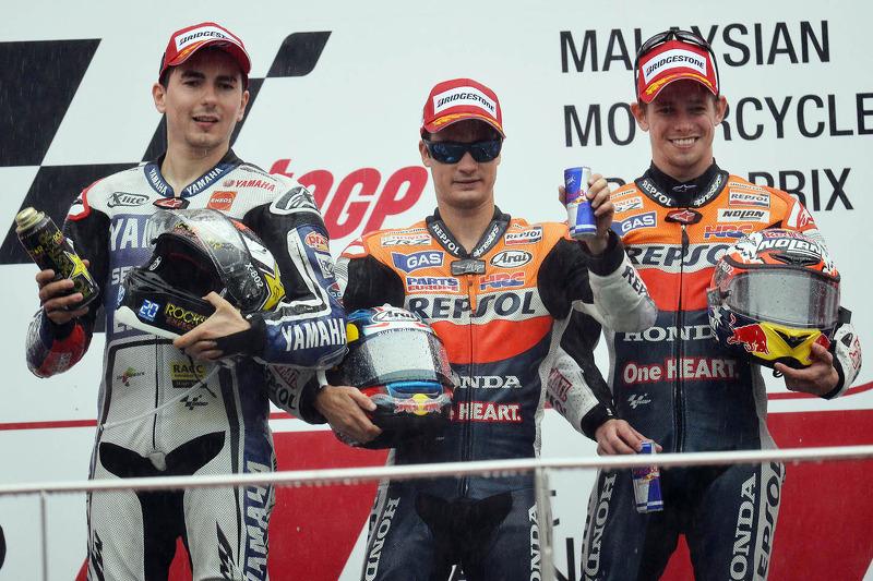 Podio: 1º Dani Pedrosa, 2º Jorge Lorenzo, 3º Casey Stoner