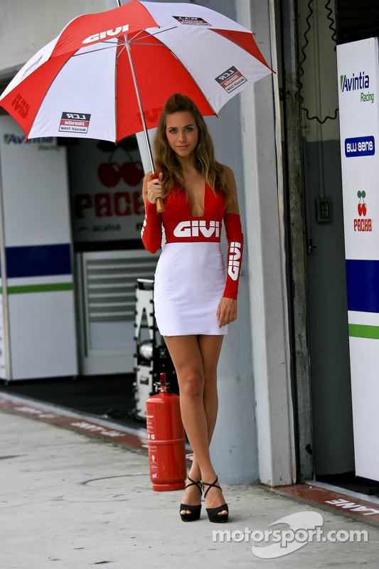 Chica Givi