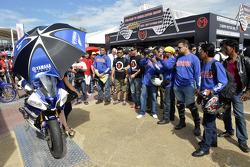 Exhibición de los fans de Yamaha