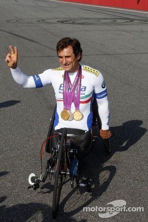 Alex Zanardi, with his hand bike