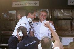 Valentino Conti, ingenieur Bruno Spengler, BMW Team Schnitzer BMW M3 DTM en Charly Lamm, Teammanager