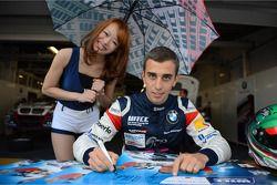 Alberto Cerqui, BMW 320 TC, ROAL Motorsport en gridgirl