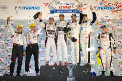 ALMS championship podium: P2 champions Scott Tucker and Christophe Bouchut, P1 champions Lucas Luhr and Klaus Graf, GT champions Oliver Gavin and Tom Milner, PC champion Alex Popow