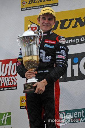 Round 29 Race Winner Aron Smith