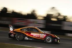 #30 NGT Motorsport Porsche 911 GT3 Cup: Henrique Cisneros, Mario Farnbacher, Jakub Giermaziak