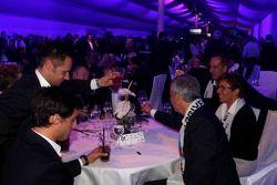 Jens Marquardt, BMW Motorsport Director celebrates with BMW drivers