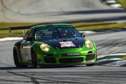 #34 Green Hornet Racing Porsche 911 GT3 Cup: Peter LeSaffre, Damien Faulkner, Brian Wong