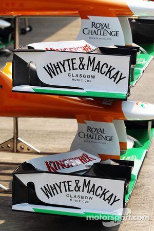 Sahara Force India F1 VJM05 ön kanat White & Mackay detay