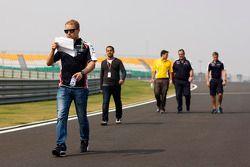 Valtteri Bottas, Williams Üçüncü Pilotu pist yürüyüşü
