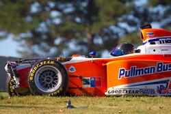 Martin Scuncio crashes