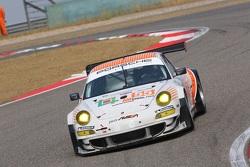 #55 JWA-AVILA Porsche 911 RSR: Joel Camathias, Markus Palttala, Paul Daniels