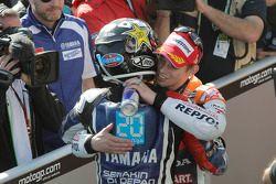 Race winner Casey Stoner, Repsol Honda Team congratulates 2012 champion Jorge Lorenzo, Yamaha Factor