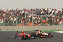 Timo Glock, Marussia F1 Team ve Pedro de la Rosa, HRT Racing Team