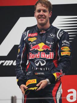 Race winnaar Sebastian Vettel, Red Bull Racing op het podium