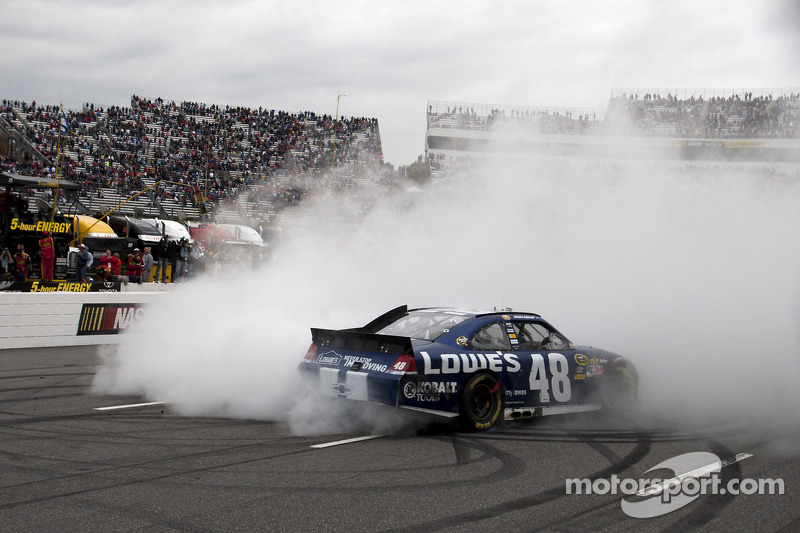2012, Martinsville 2: Jimmie Johnson (Hendrick-Chevrolet)