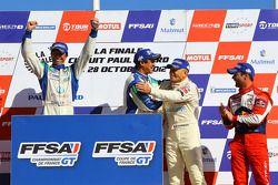 Podium: winnaars en kampioenen 2012 Henry Hassid, Anthony Beltoise, 3de Gilles Vannelet, Sébastien L