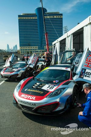 #18 Hexis Racing MP4-12C: Rob Bell, Alvaro Parente