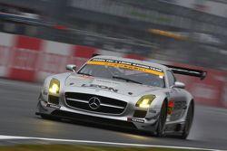 #52 Green Tec & Leon Racing Team Mercedes-Benz SLS AMG GT3: Hironori Takeuchi, Takeshi Tsuchiya
